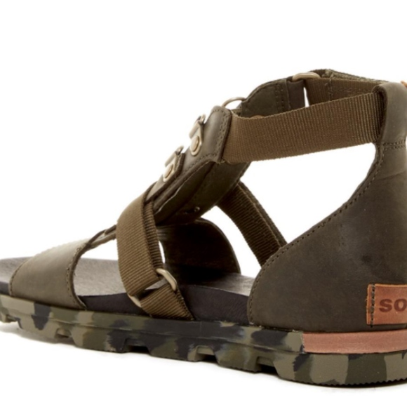 52cc2ba16be Sorel sandals. M 5a69eb3f3b1608c232f0ed2c